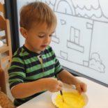 fun-play-niepubliczne-przedszkole-żłobek-tarnów-zabawa-dzien-pluszowego-misia (23)